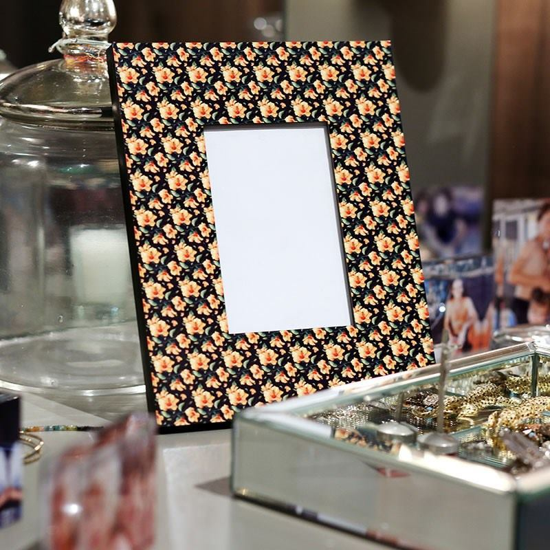 Custom Photo Frames | Design Your Own Picture Frame